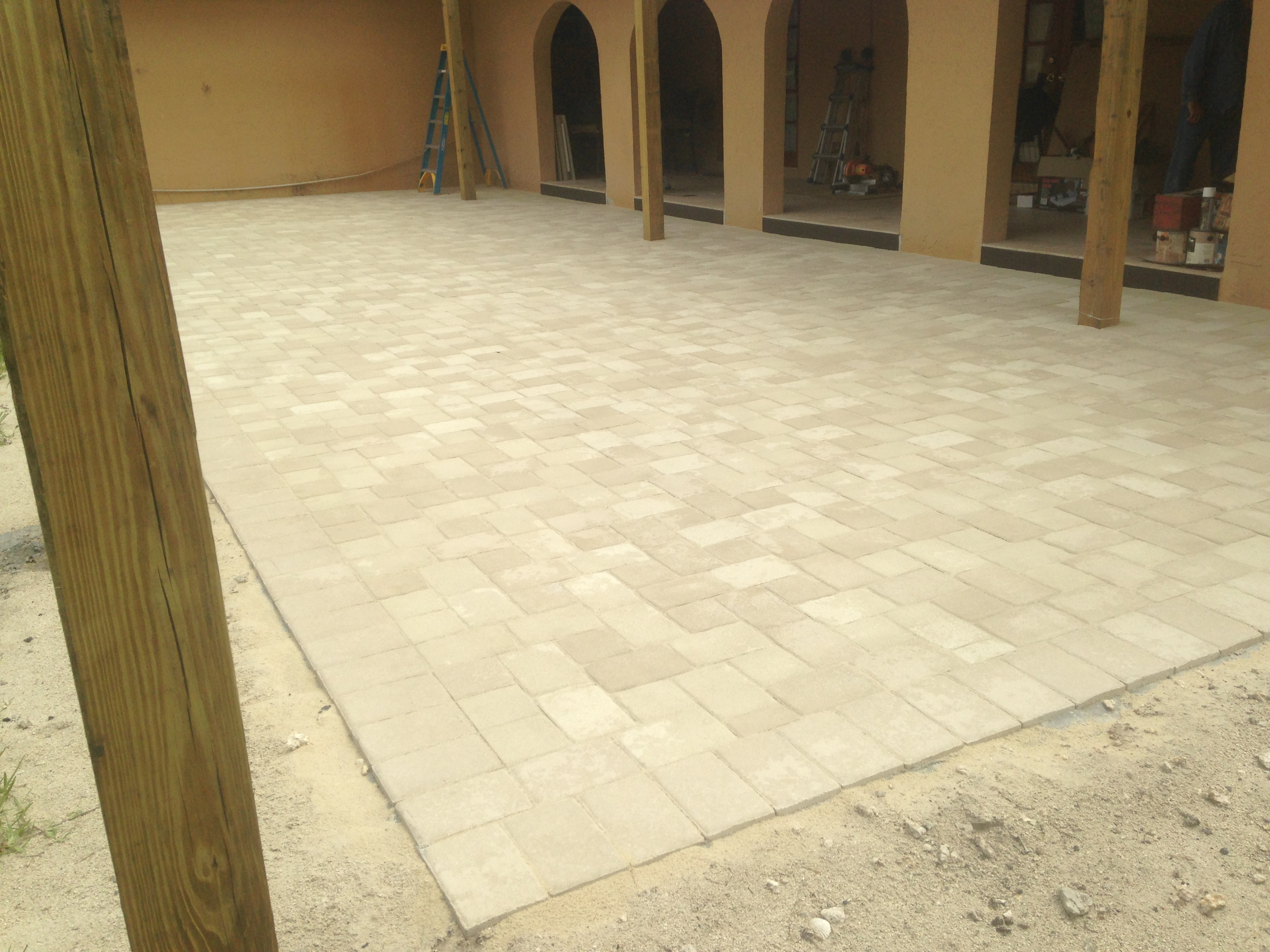 Brick Paver 6x9, Color: White and Sand Stone