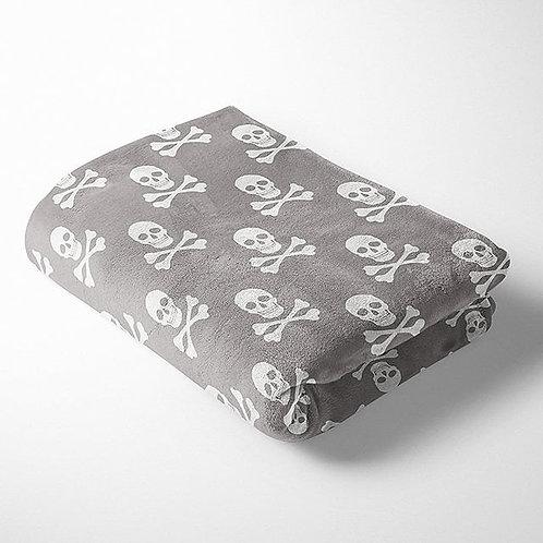 Skulls Cuddle Fleece Grey & White Per Half Metre