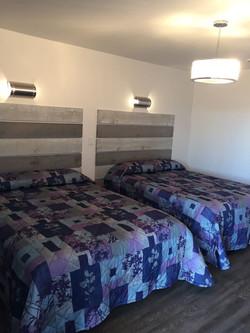 Double Room Queen Beds