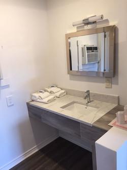 Queen Room Sink