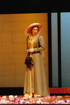 Kate Pinkerton in Madame Butterfly