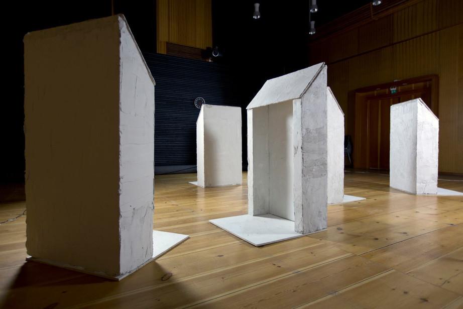 (问)与(答) 艺术家组合 Local A. (瑞典)的项目在芝麻空间