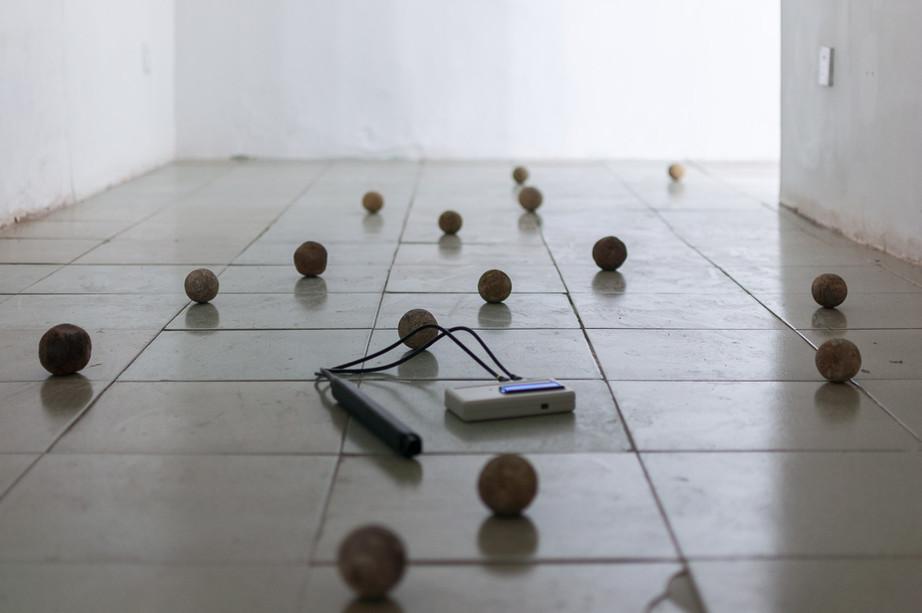 克里斯帝安·丹尼莱茨在芝麻空间的展览:宝山