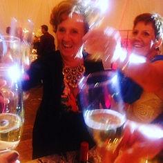 #Des gens heureux#bonheur_#cheers_#organ