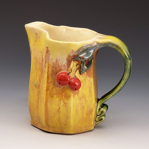 Small Extruded Pitchers