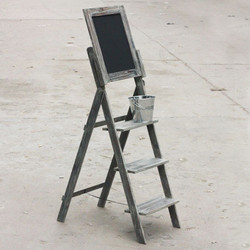ladder with black board copy