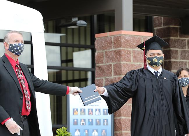 12th Grade Graduation 2020 4 - Web