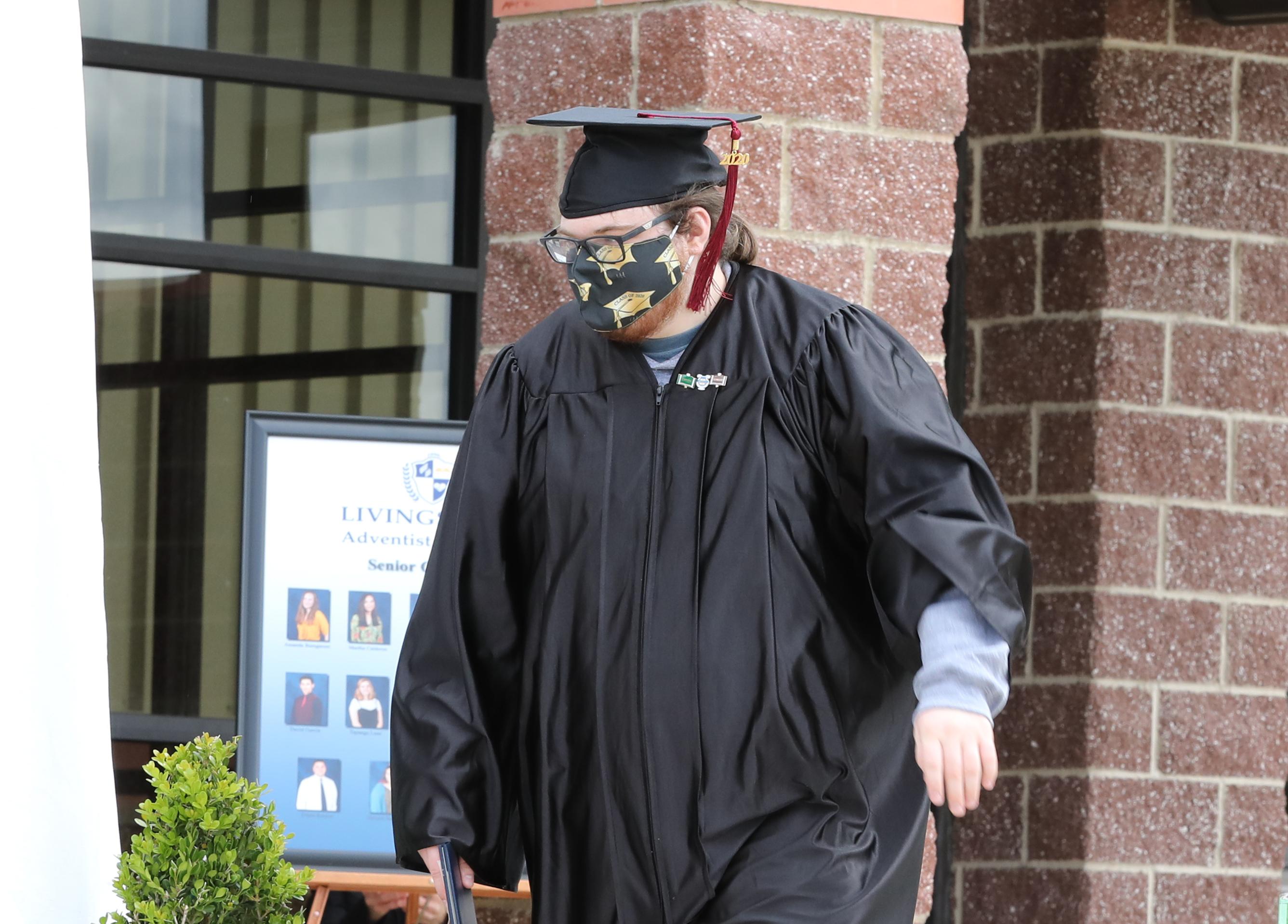 12th Grade Graduation 2020 8 - Web