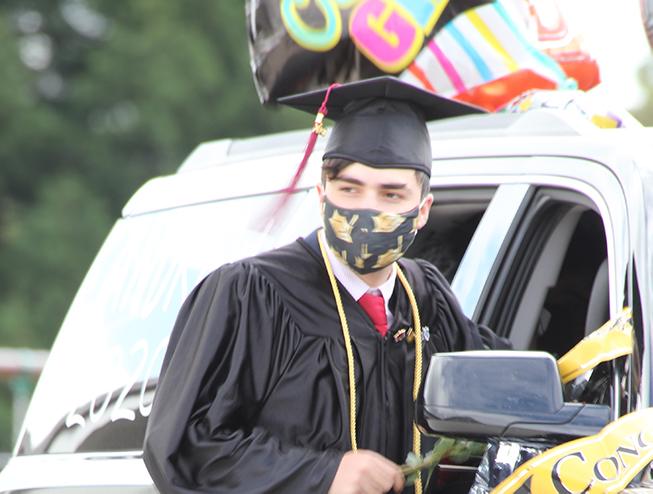 12th Grade Graduation 2020 1 - Web