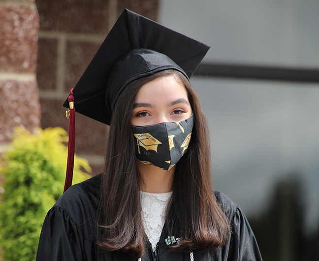 12th Grade Graduation 2020 2 - Web