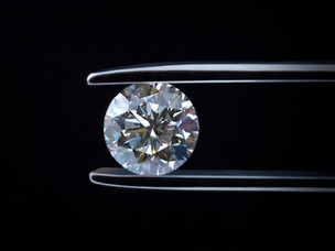 4 steps to choosing the perfect diamond engagement ring
