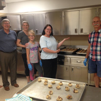 cookie bakers 090116.JPG