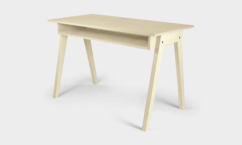 KOMPIS_Desk_Diagonal.JPEG