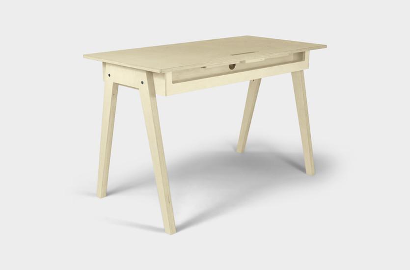 KOMPIS_Desk_Diagonal_Back.jpg