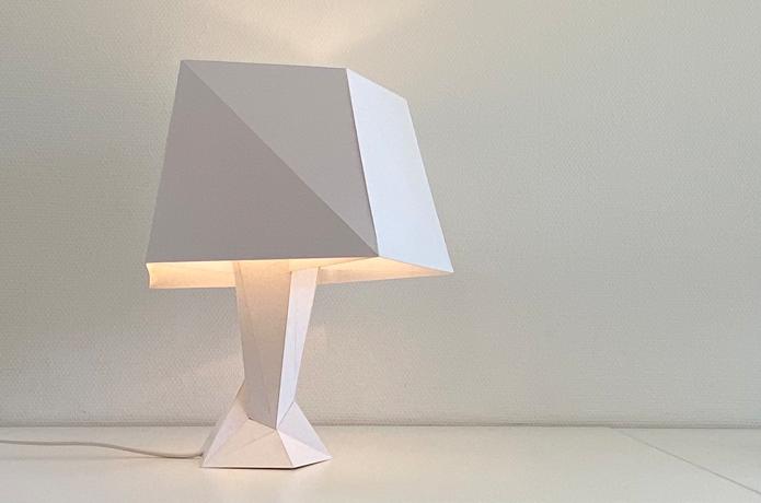 FLAT UNREGULAR – Table lamp