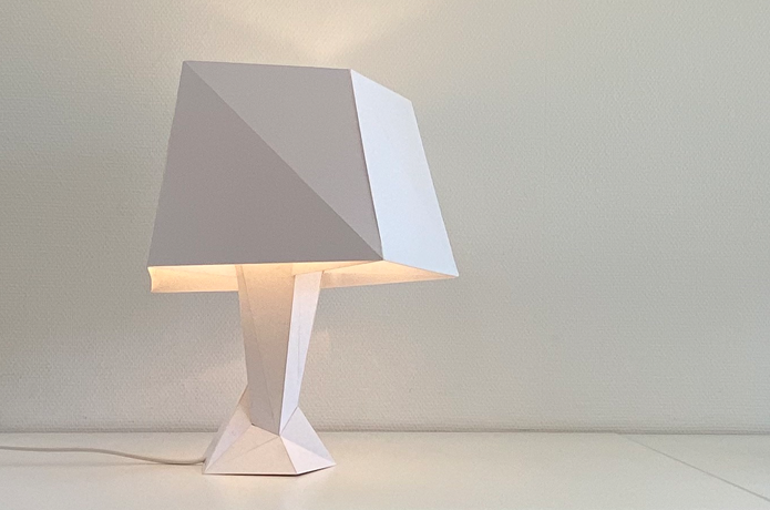 FLAT UNREGULAR – Table lamp