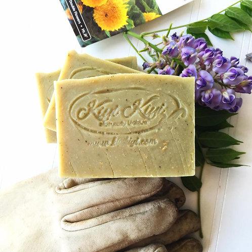 Gardener Soap - Moisturizing, Exfoliating