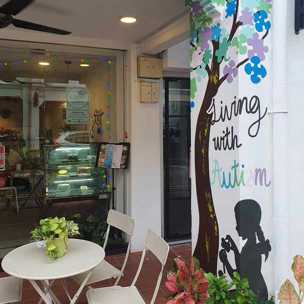 Lina's Cafe