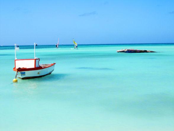 aruba boat.jpg