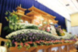アイテム)祭壇(左から).jpg