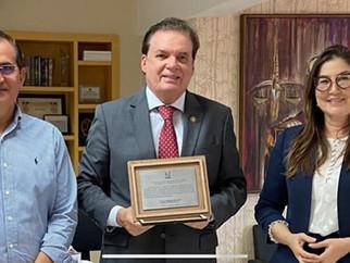 APAE DE SÃO LUÍS recebe doação de acordo homologado entre o MPT-MA e a Mineradora Vale.