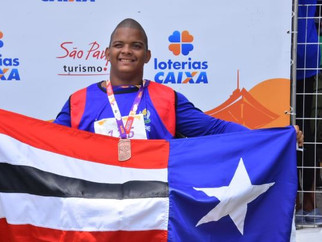 Aluno da Escola Eney Santana ganha a primeira medalha nas Paralimpíadas Escolares 2019