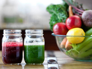 Detoxify with fruit and vegetable juices