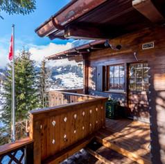 Entrance to Chalet Chez Teddy