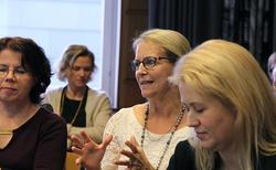 Jaana Rosendahl (kesk.)
