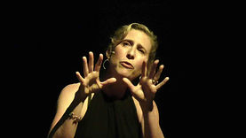 Low resolution picture of Maria Fadiman performing her one-womn show, Photo credit Robert Pacelli