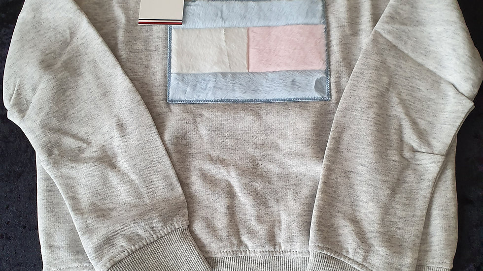 Tommy Hilfiger Faux Fur Flag Sweatshirt - RRP £50 Age's 5,7yrs ONLY