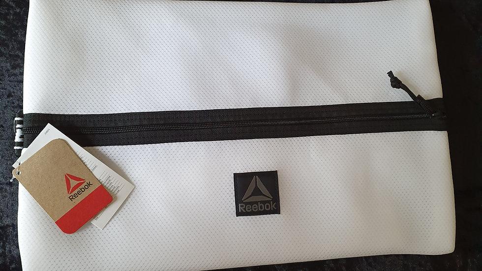 Reebok Gym Bag White- RRP £28