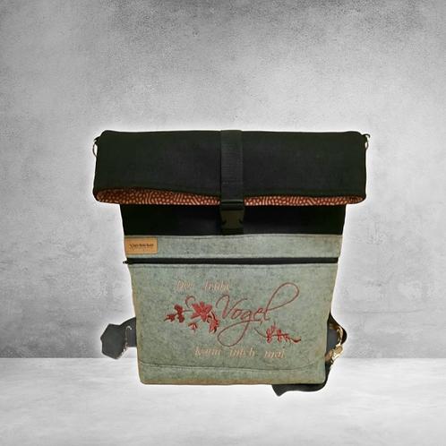 Rucksack und Umhängetasche ( 2 in 1 )aus Filz