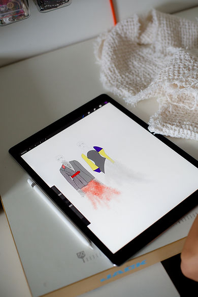 tablet-showing-fashion-design.jpg
