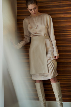 Silk washed dress Anette and leather belt/skirt Vest