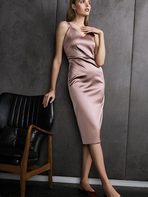 Платье-футляр The Nude Dress