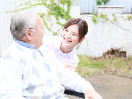 日本100歳以上 長寿者が初の7万人超え