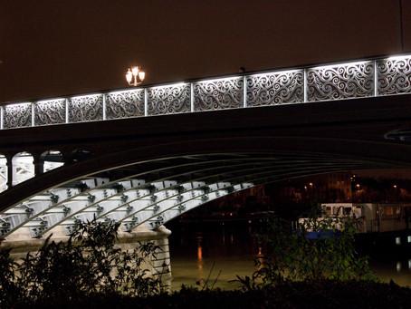Inscrire Le Pont de L'Ile-Saint-Denis dans son environnement urbain nocturne