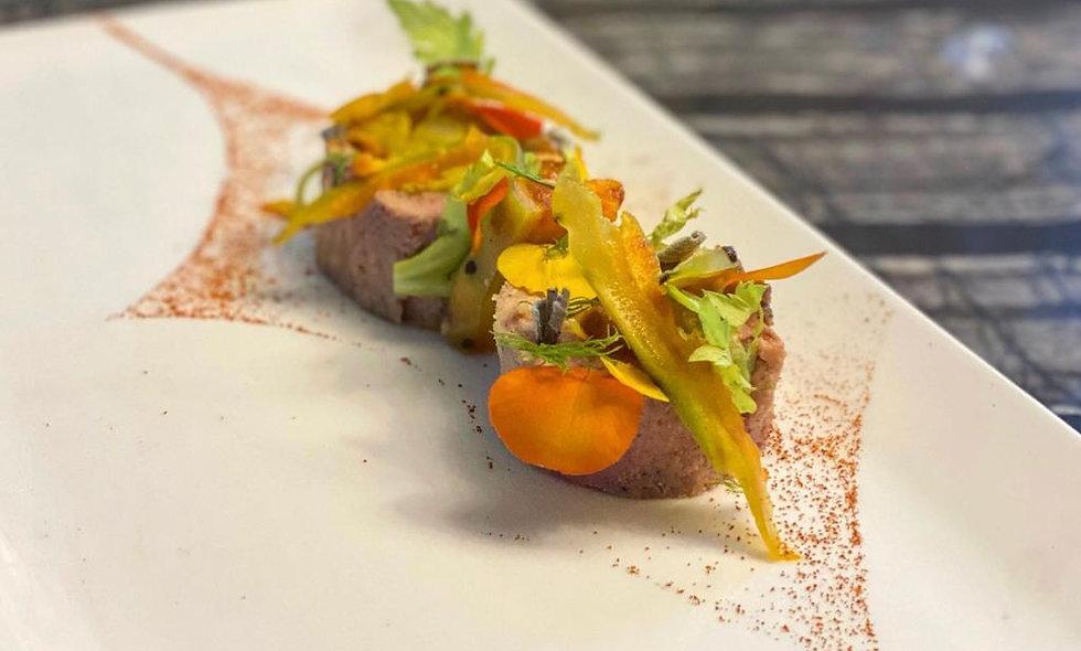 Foie gras farci à la poire