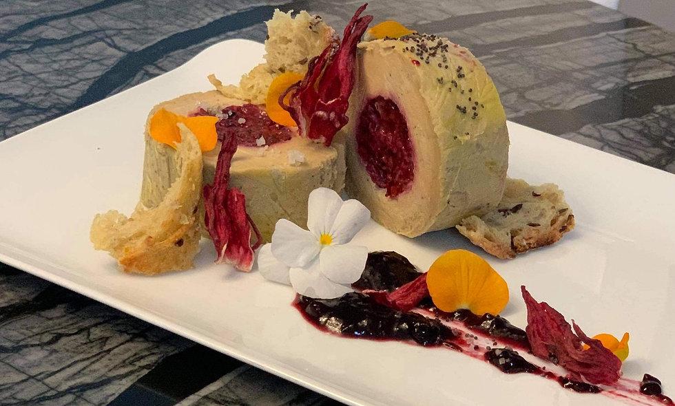 Foie gras farci aux fruits rouge