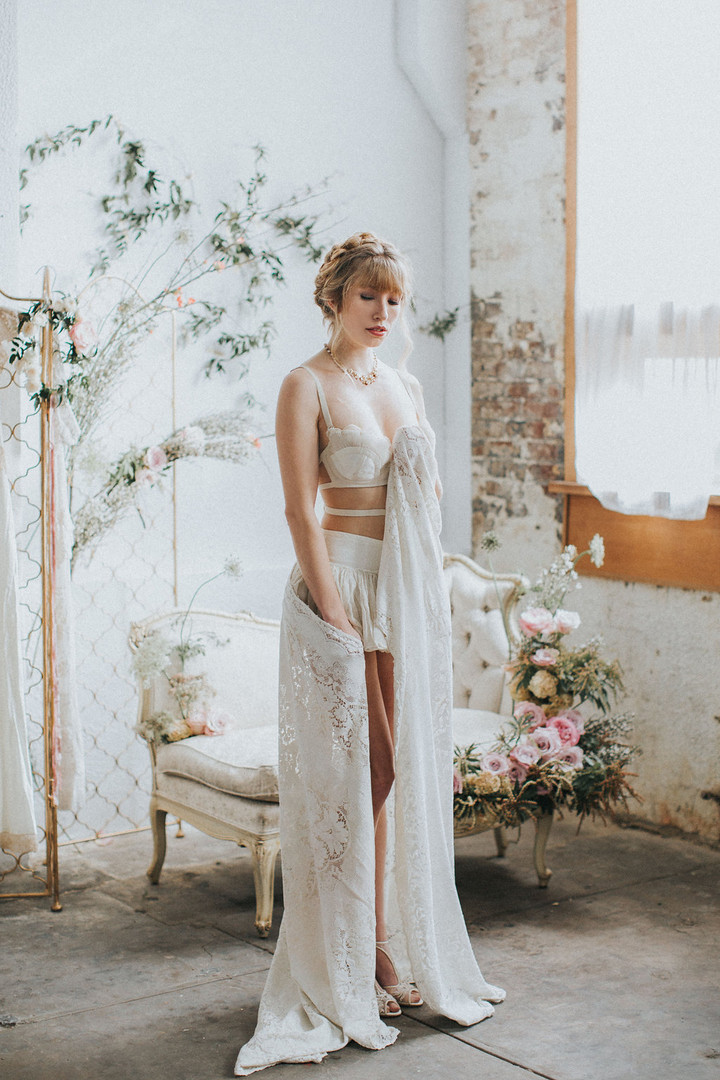 starflower-passion-boudoir-styling-flowe