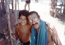 Tony_Kanaan_with_father