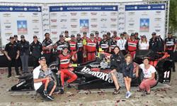 2016_IndyCar_Detroit1-Win