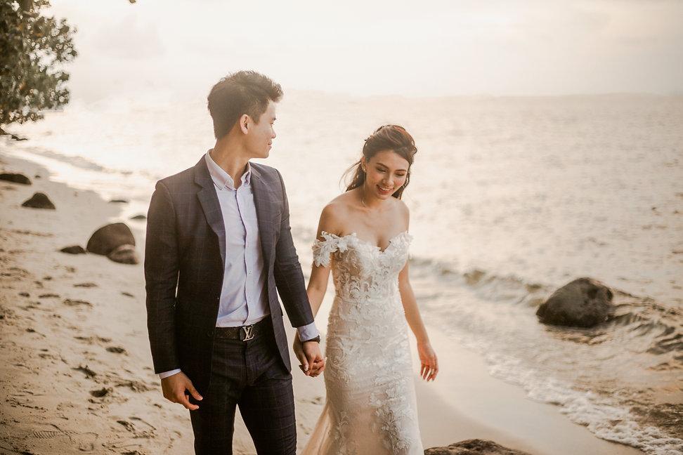 Sunset beach wedding photoshoot