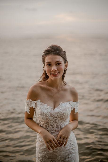 Beach bridal photography