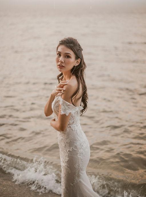 Beach bridal gown photoshoot