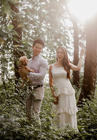 Gender reveal baby photography photoshoot outdoor nature pet dog