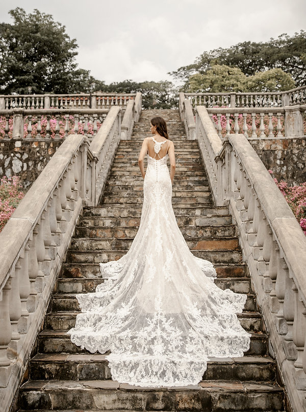 Outdoor bridal wedding gown photography photoshoot