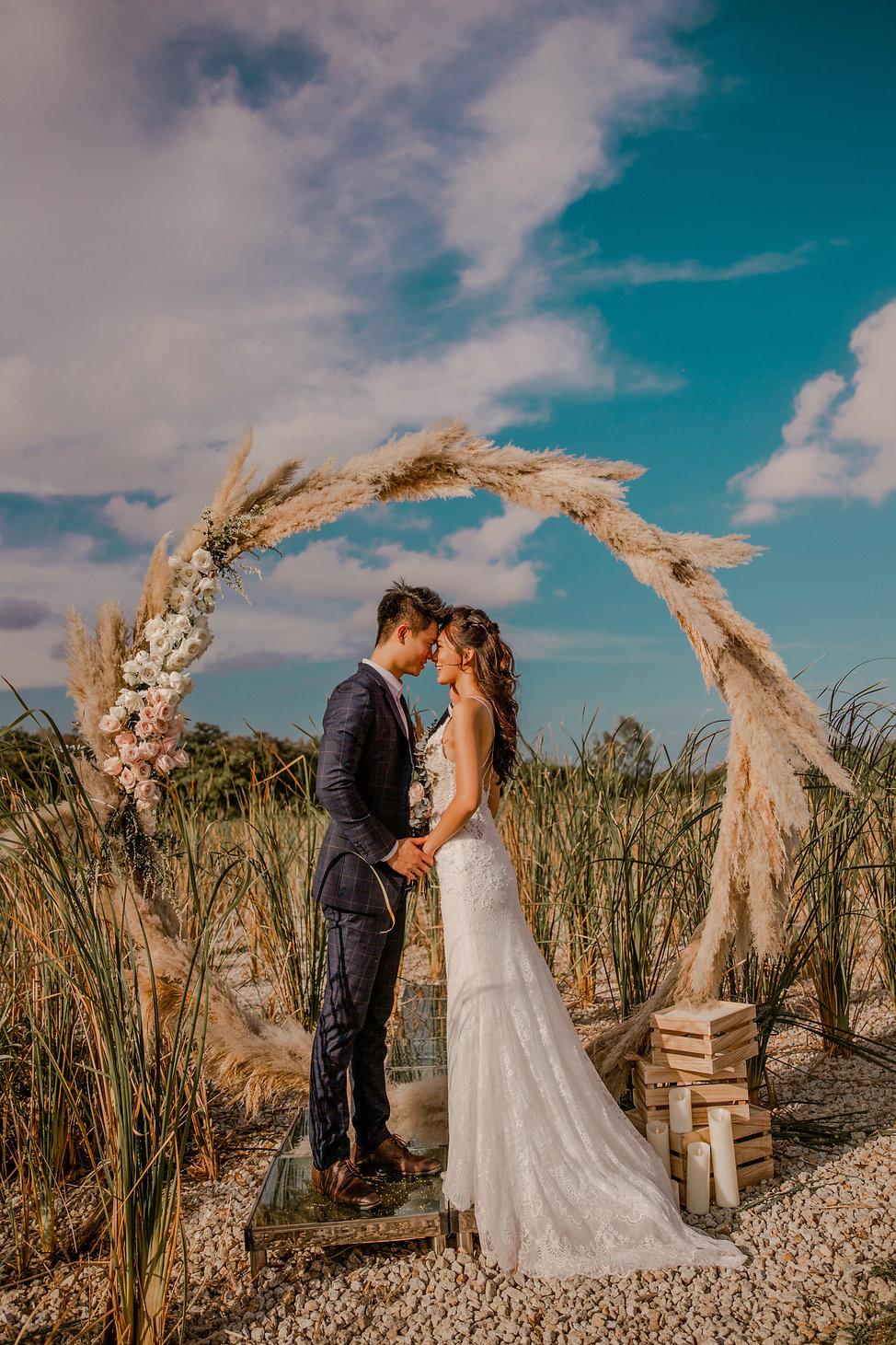 Arch wedding decoration photography