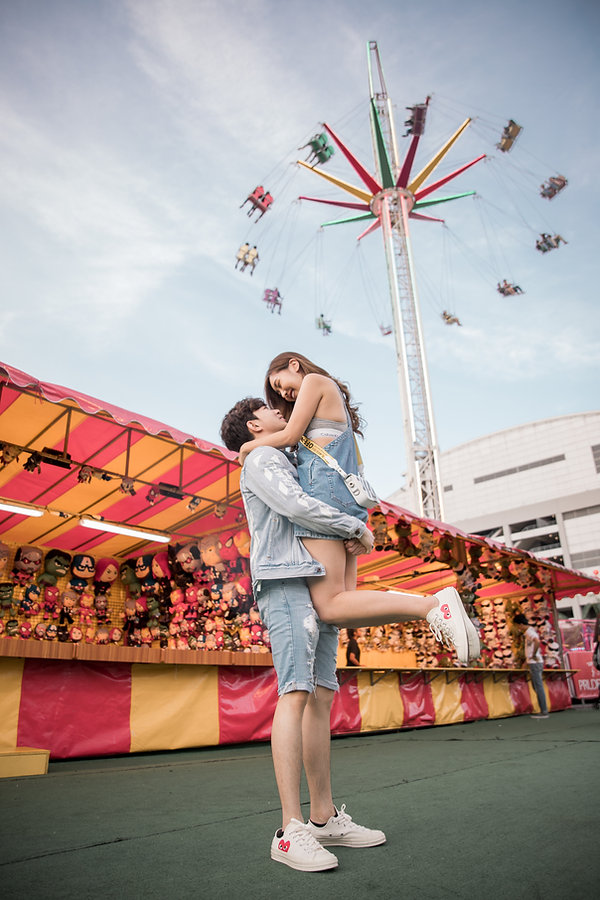 MBS Carnival couple photoshoot photography outdoor
